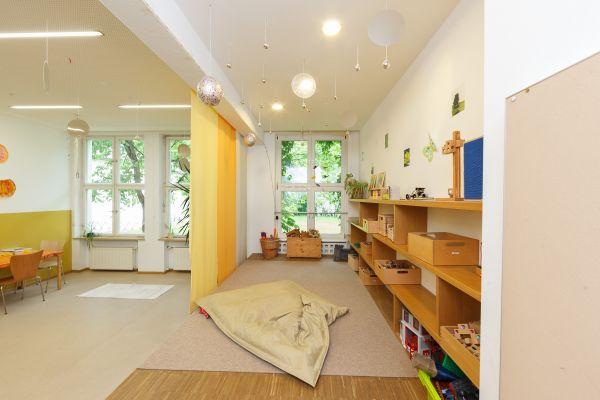 kindergarten-thansau-30B494D62B-97AF-F249-F66C-2AC925DF7635.jpg